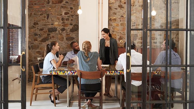 5 effective communication skills in meetings