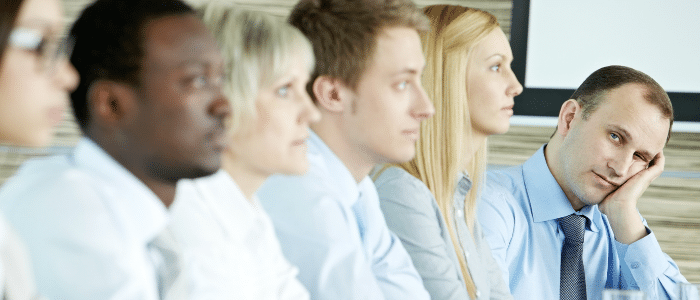 disengaged board members is a sign to consider board meeting software